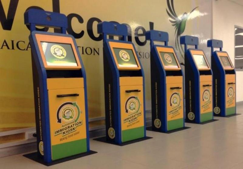 Se habilitaron 15 controles automáticos de frontera en los dos aeropuertos más importantes de Jamaica.
