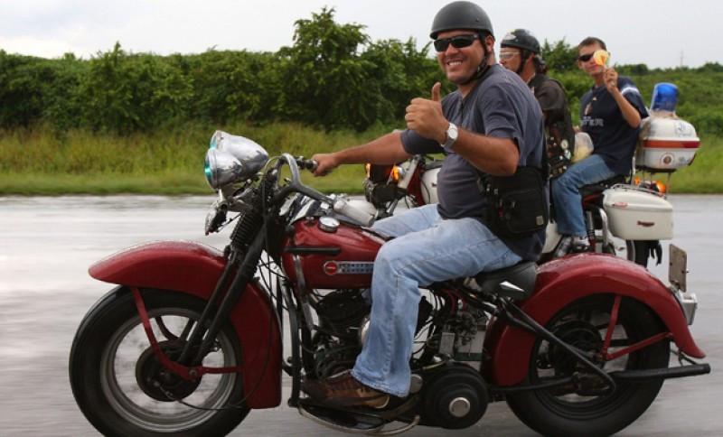 En una Harley por Cuba junto al hijo del Che Guevara