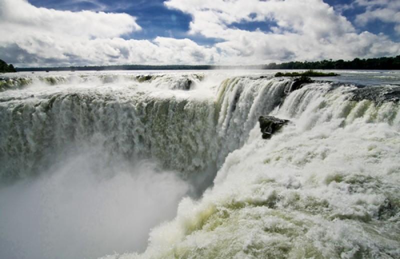 Recuperaron las pasarelas a la Garganta del Diablo en Cataratas de Iguazú. #shu#