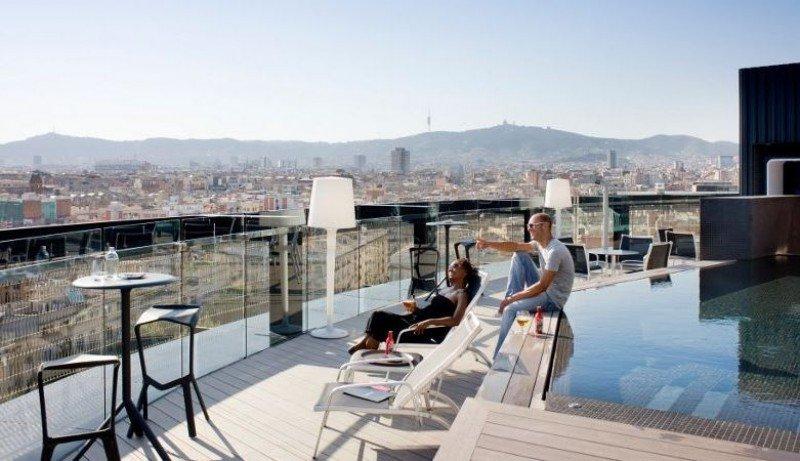 Terraza del Barceló Raval.