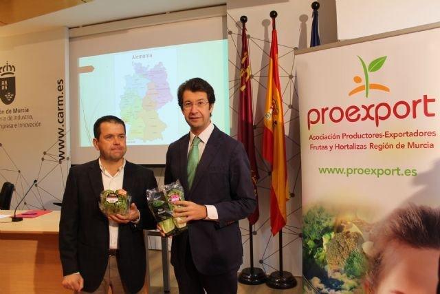 Juan Marín, presidente de Proexport, y Juan Carlos Ruiz,consejero Industria, Turismo, Empresa e Innovación de la Región de Murcia.