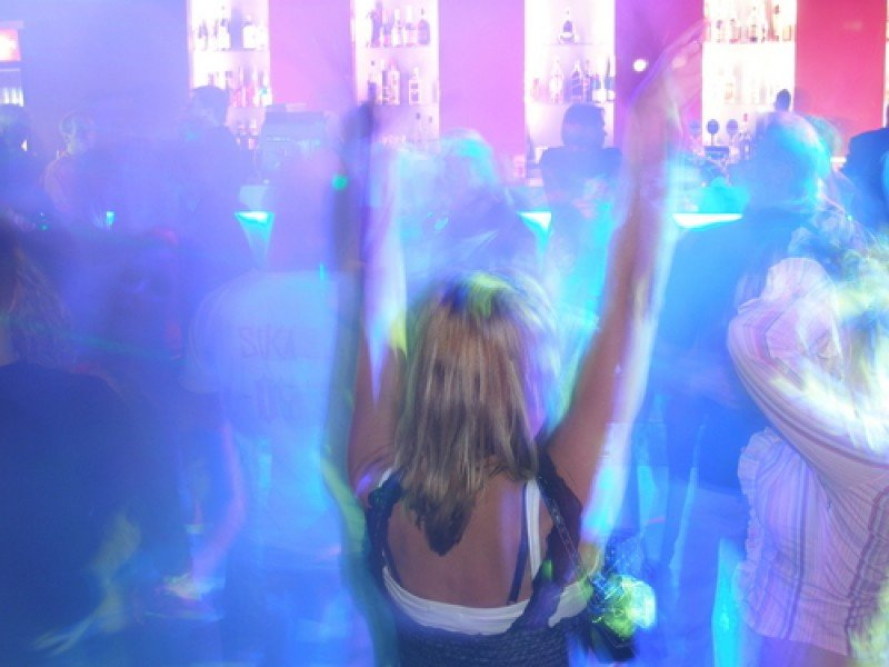 Las penas de cárcel a propietarios de bares por ruidos se extienden en España. #shu#