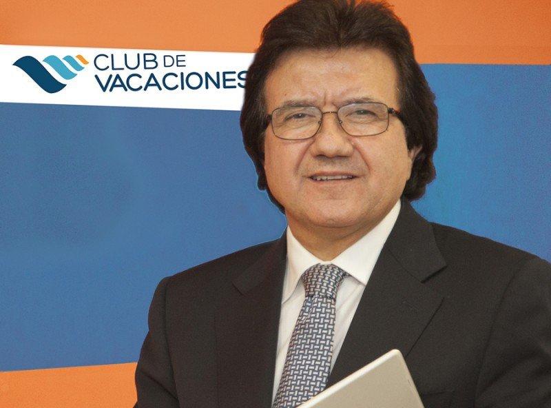 Luis Mata con la nueva imagen de Club de Vacaciones.