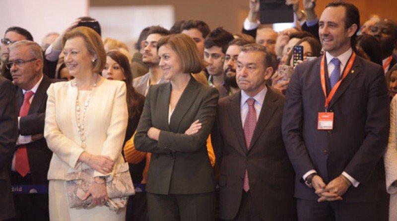 José Ramón Bauzà, a la derecha de la imagen, junto con otros presidentes autonómicos, ayer en la inauguración de Fitur.