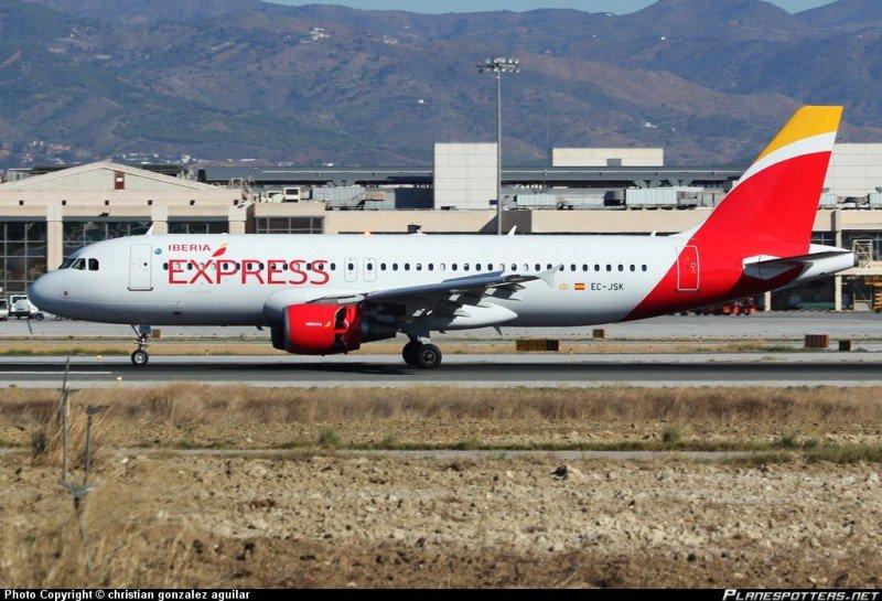 Iberia Express abre tres nuevas rutas internacionales desde Canarias (Foto de Christian González Aguilar/PlanespottersNet).
