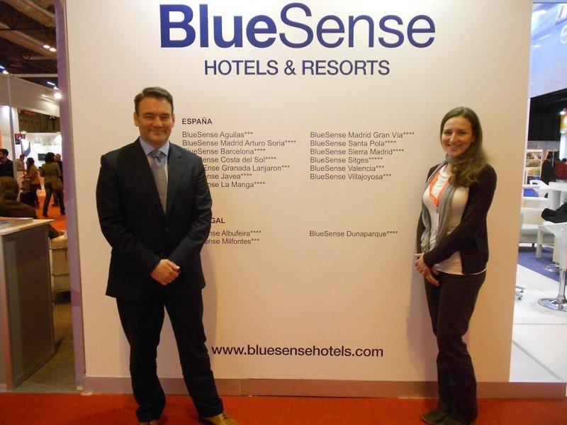 Christian Cadenas y Vanessa Cadenas, directora de Comunicación y Marketing Online de la cadena.
