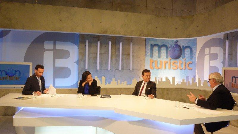 Món Turístic se emite los martes a las 23:15 en el canal autonómico balear IB3.