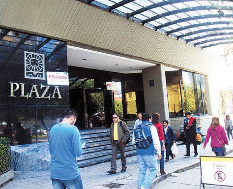 Subastan por US$ 9,4 millones edificio del hotel Plaza de La Paz