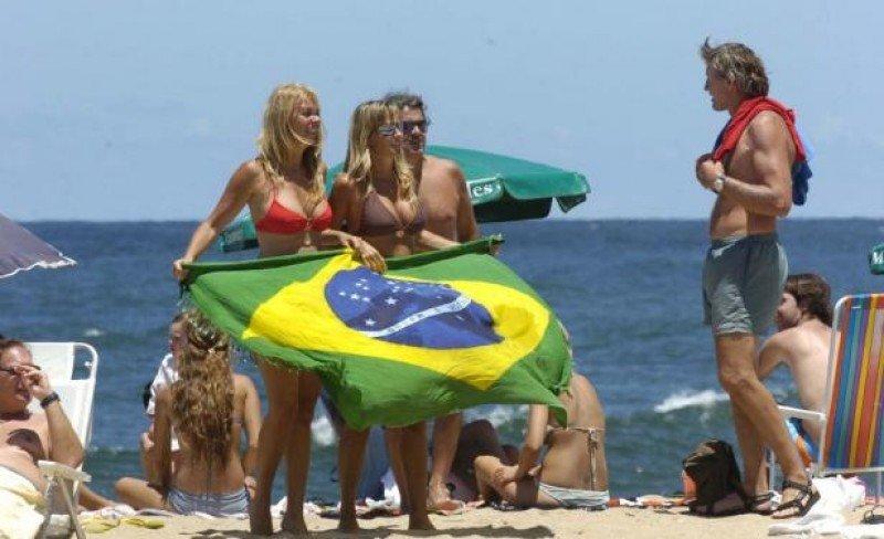 Uruguay recibió 870.000 turistas brasileños en 2014.