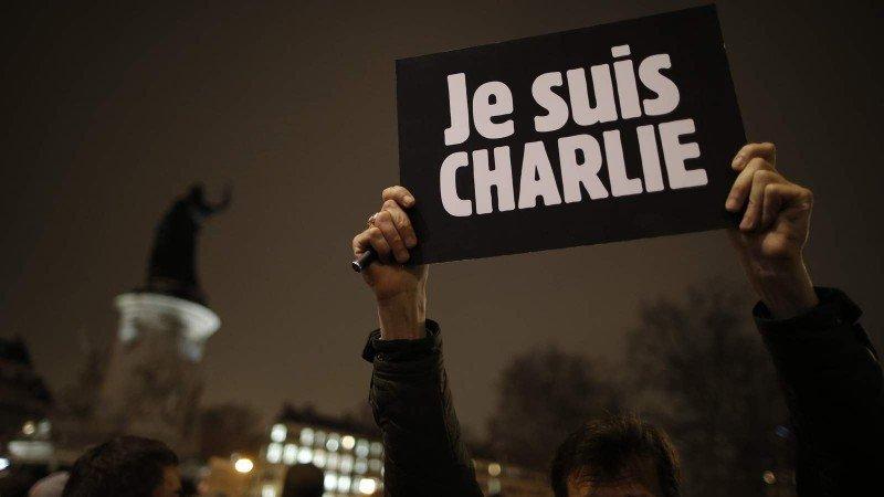 Agencias de viajes de Francia esperan que vuelvan los clientes tras el trauma de Charlie Hebdo