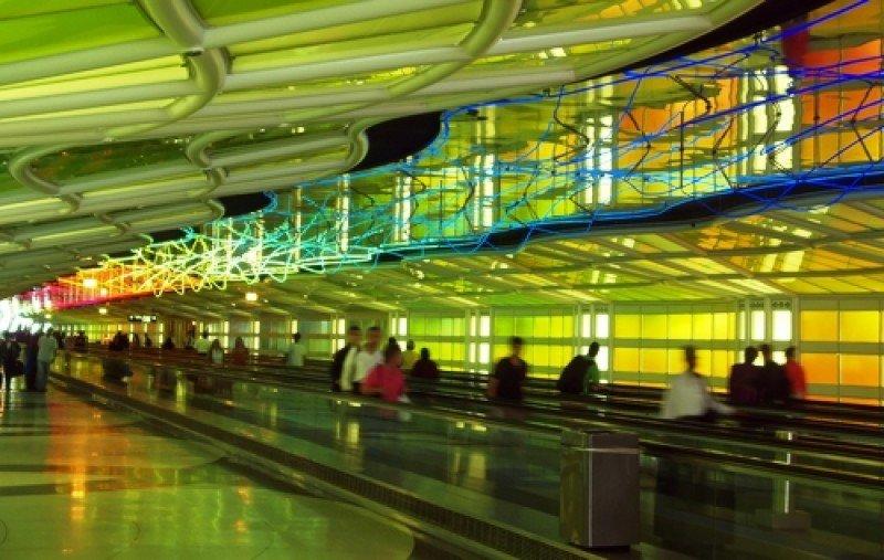 Pasajeros en el aeropuerto O'Hare de Chicago. #shu#