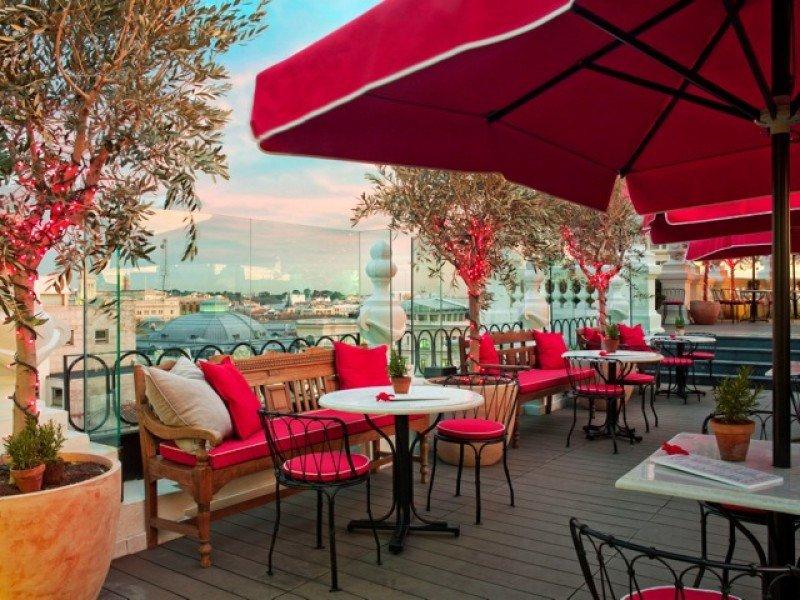 La terraza ofrece panorámicas de 360 grados de la ciudad.