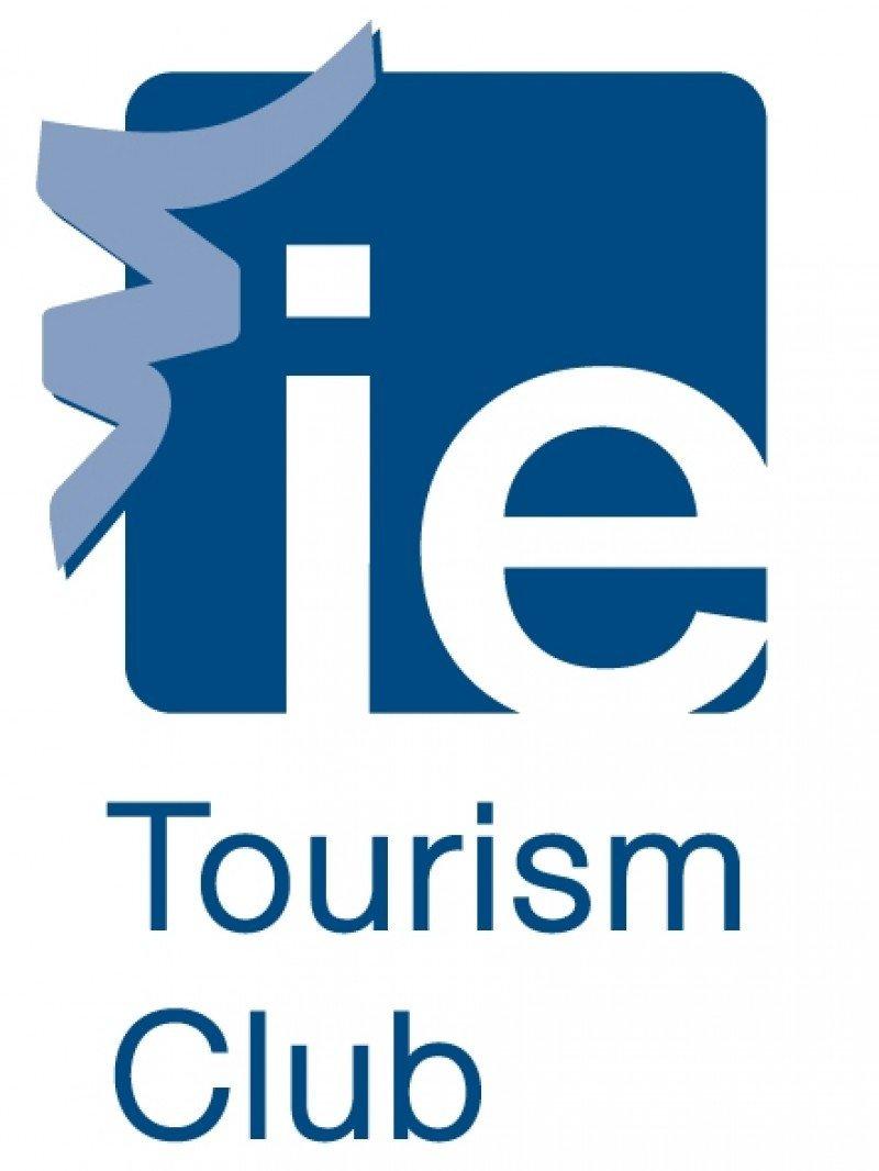 El IE Tourism Club ha otorgado su Premio 360º en su primera edición a Paradores.