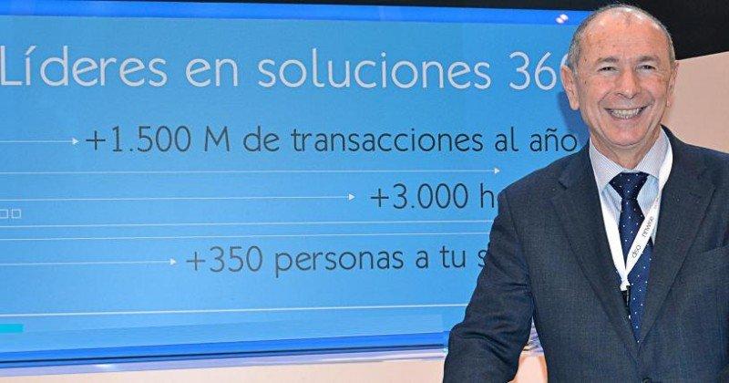 El 70% de las reservas que se inician en el móvil acaba en el teléfono gestionada por un call center, según apunta Javier Silvestre.