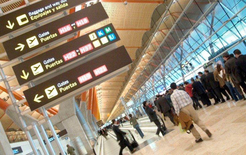 Los aeropuertos españoles aumentan su tráfico en enero un 5,3%