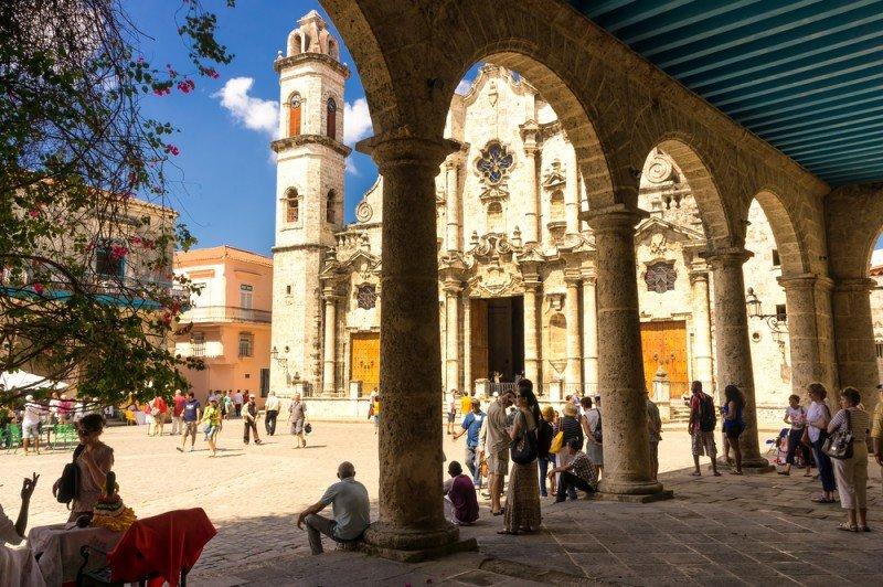 Las llegadas de turistas franceses aumentan un 7% en Cuba
