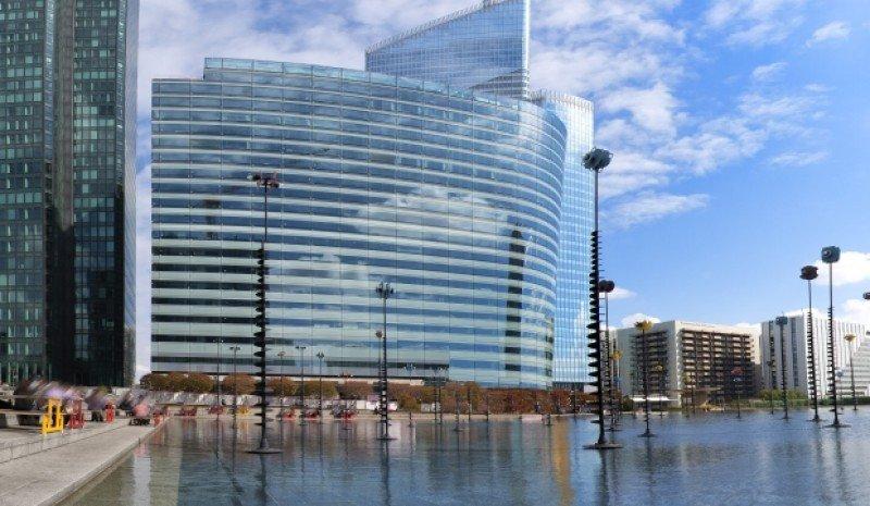 El nuevo hotel cuenta con 850 metros cuadrados para congresos y reuniones, así como con dos restaurantes, bar y gimnasio.