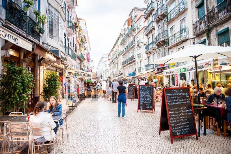 Lisboa es el segundo destino, tras el Alentejo, con el mayor incremento en pernoctaciones, un 15%. #shu# / Anton Ivanov.