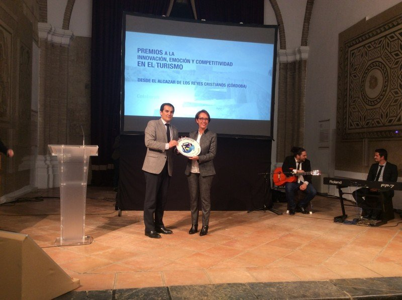 Entrega del premio a Turismo de Badajoz.