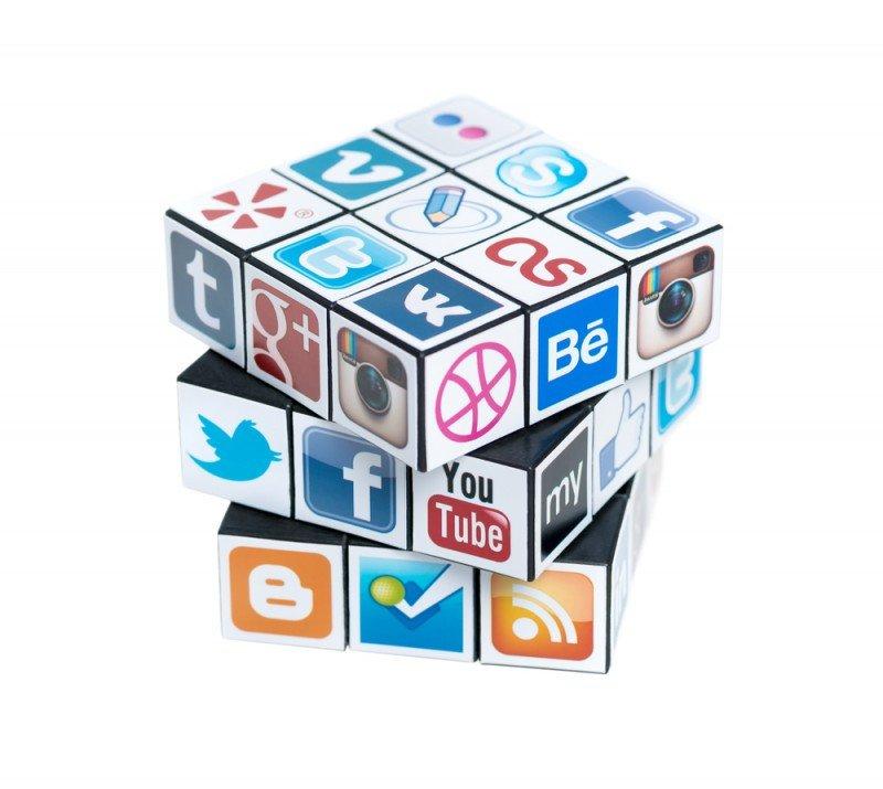 Facebook, Twitter, Instagram, LinkedIn y Google  suman más de 2.500 millones de usuarios. #shu#