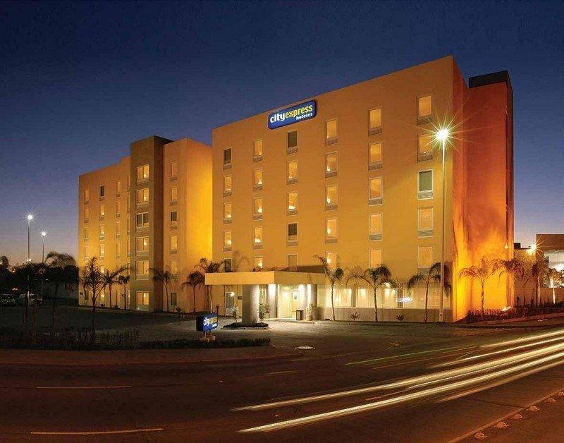 Hoteles City Express planea 18 aperturas en México en 2015.
