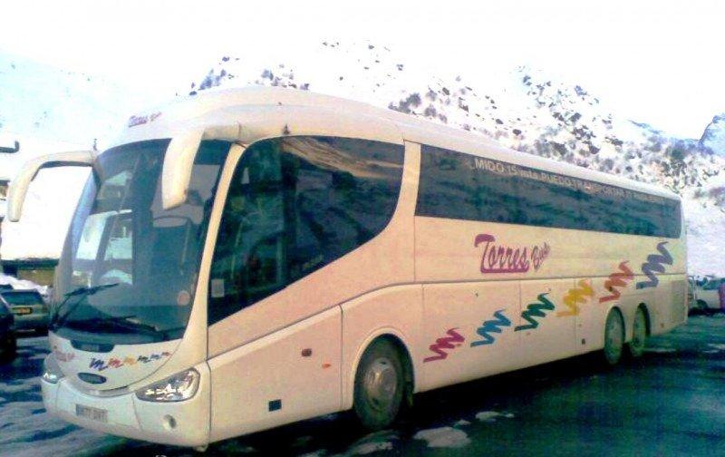 Los autobuses piden incluir el decomiso de vehículos de transporte sin licencia