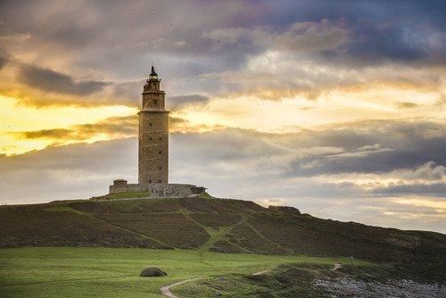 La torre de Hércules, en A Coruña, es una de las localizaciones recogidas en el vídeo. #shu#