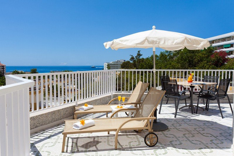 Sus hoteles se dirigen a clientes que buscan la comodidad y tranquilidad a precio muy accesible, desde familias a profesionales de empresas.