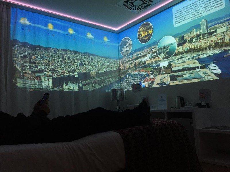 El cliente podrá personalizar la experiencia en su habitación a través de su móvil.