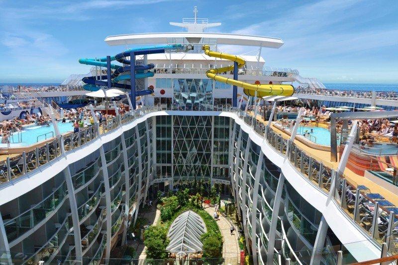 El Harmony of the Seas tendrá su base en Barcelona en 2016