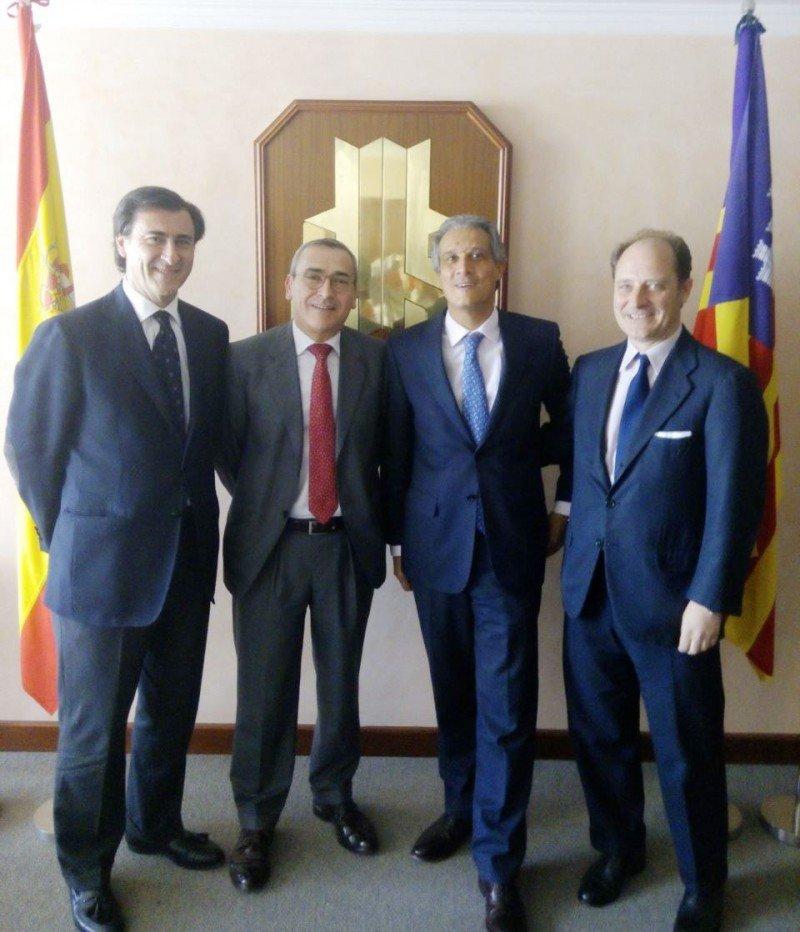 Participantes en la mesa redonda d ela jornada: (De Izq a Da) Antonio Fernández, Francisco Alberti, Raúl González y Juan Garnica.