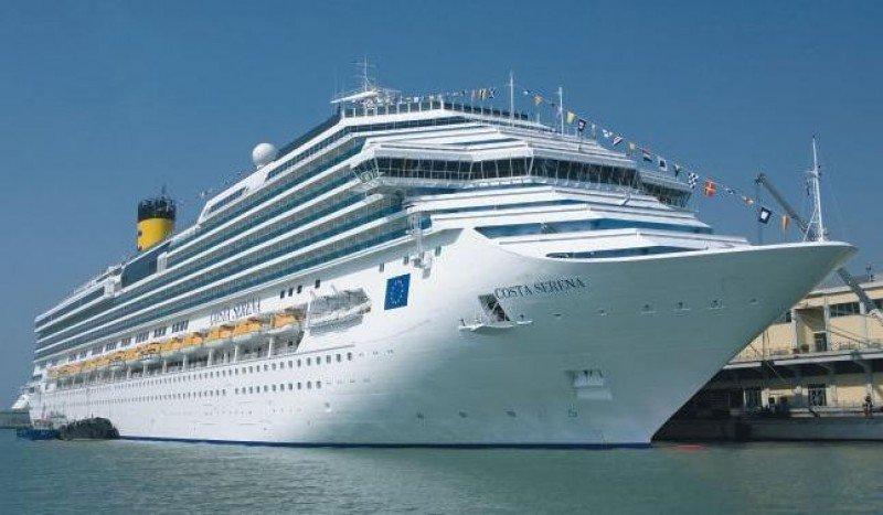 Casi medio medio millón de españoles disfrutaron de un crucero en 2014