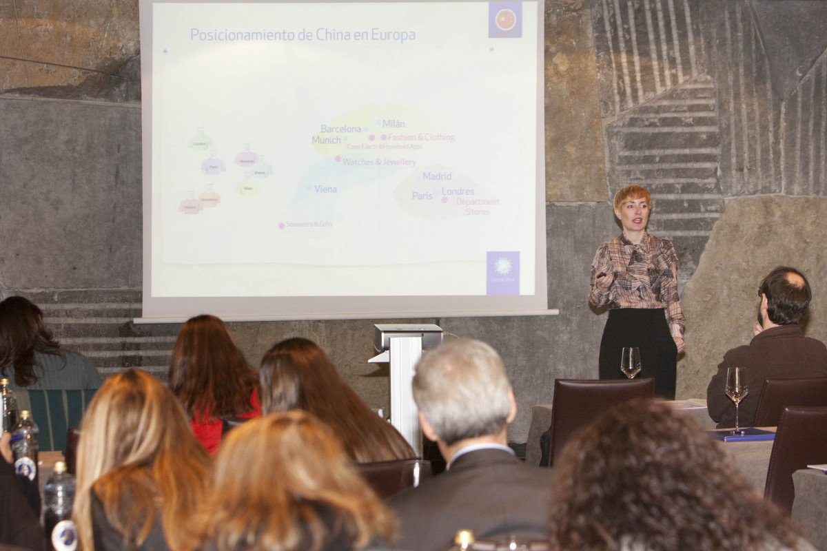 Paloma Lucas, directora del estudio, durante un momento de la presentación del informe, ayer en Madrid.