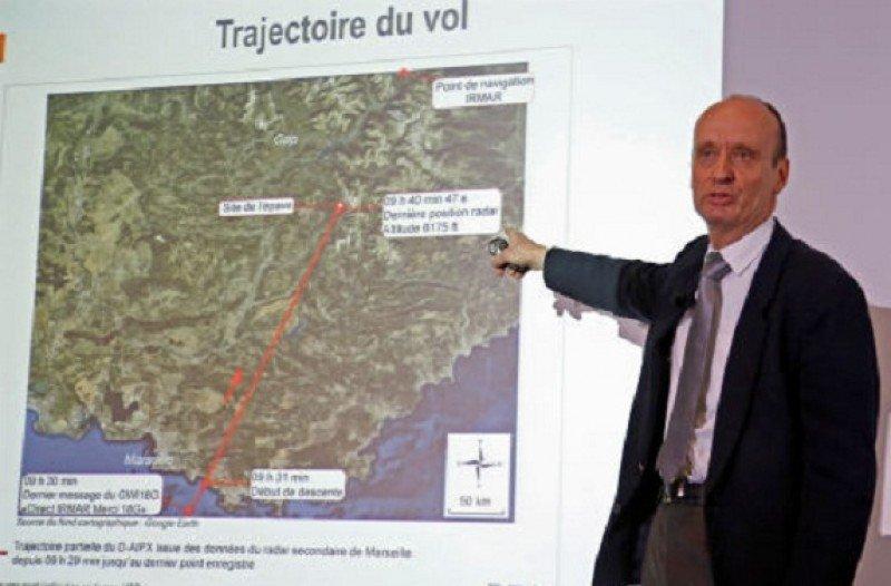 Extraen el contenido de la caja negra del avión de Germanwings