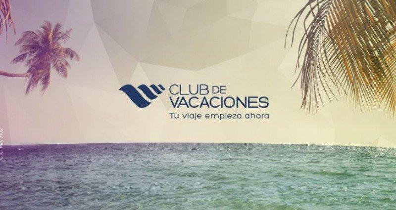 Contraportada del folleto de Club de Vacaciones con un avance de la programación de 2015.