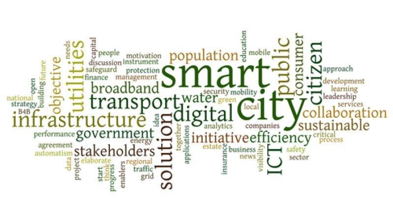 Las ciudades inteligentes hacen un uso intensivo de las tecnologías de la información.