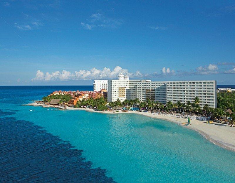 Dreams Sands Cancun Resort.