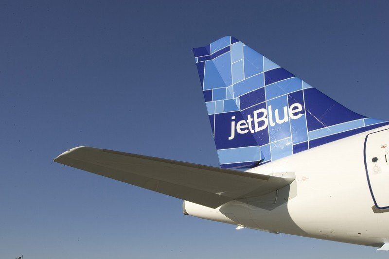 Un piloto demanda a JetBlue por dejarle volar sin estar en condiciones