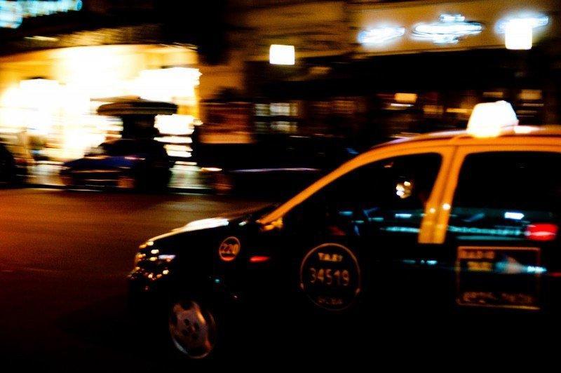 Taxistas de Buenos Aires en pie de guerra por posible ingreso de Uber a la ciudad.