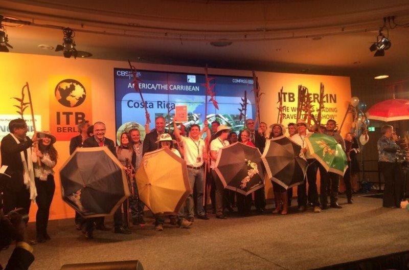 Representantes de Costa Rica celebran su fuerte presencia en la feria alemana.