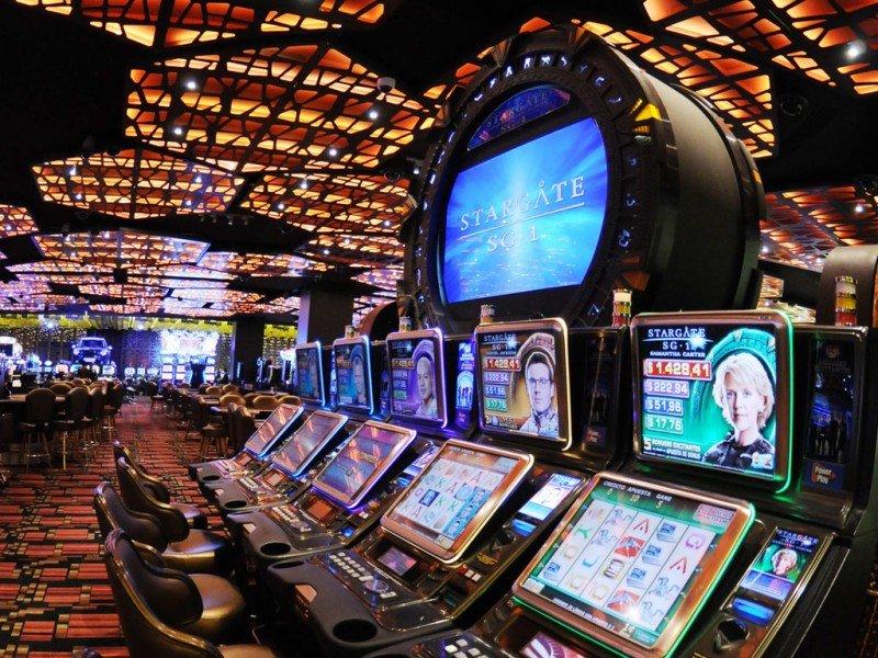 Juegos del casino del Conrad de Punta del Este.
