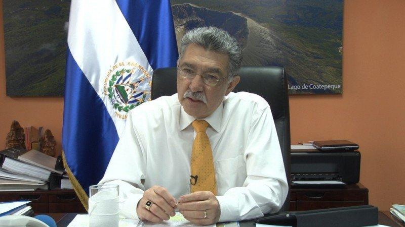 Ministro José Napoleón Duarte.