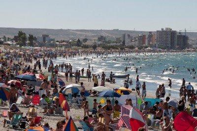 Patagonia Argentina cierra el verano con récord de turistas y ocupación hotelera.