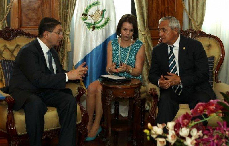 Taleb Rifai se reunió con el presidente de Guatemala, Otto Pérez Molina.