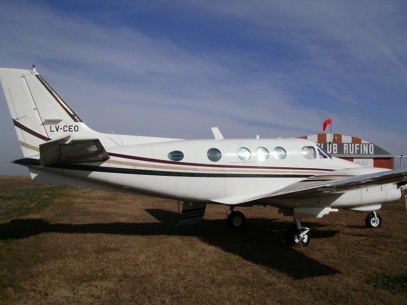 Imagen de archivo del avión matrícula argentina LV-CEO estrellado en Punta del Este.