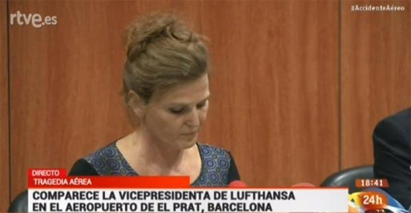 La vicepresidenta para Europa del grupo Lufthansa, Heike Birlenbach, dio una rueda de prensa en el aeropuerto de Barcelona.