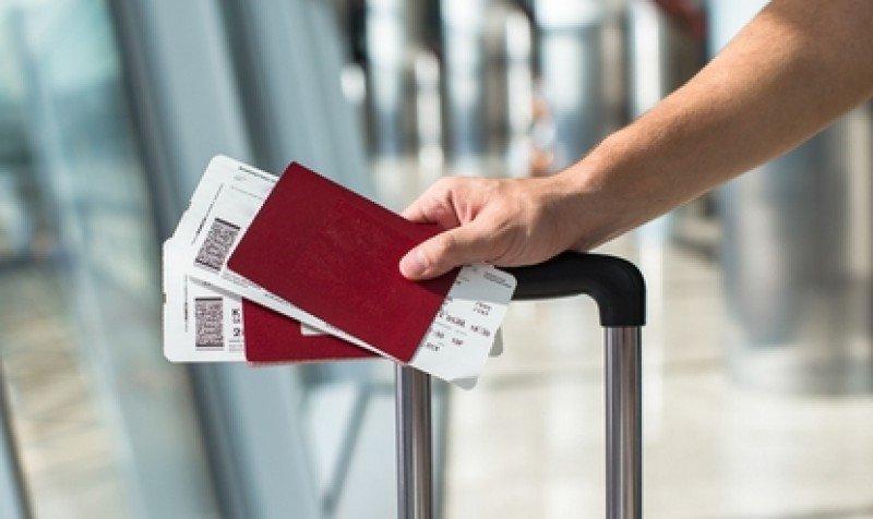 En el contexto internacional los precios de la pasajes aéreos en Uruguay son inexplicables, afirmó el ministro de Transporte. #shu#