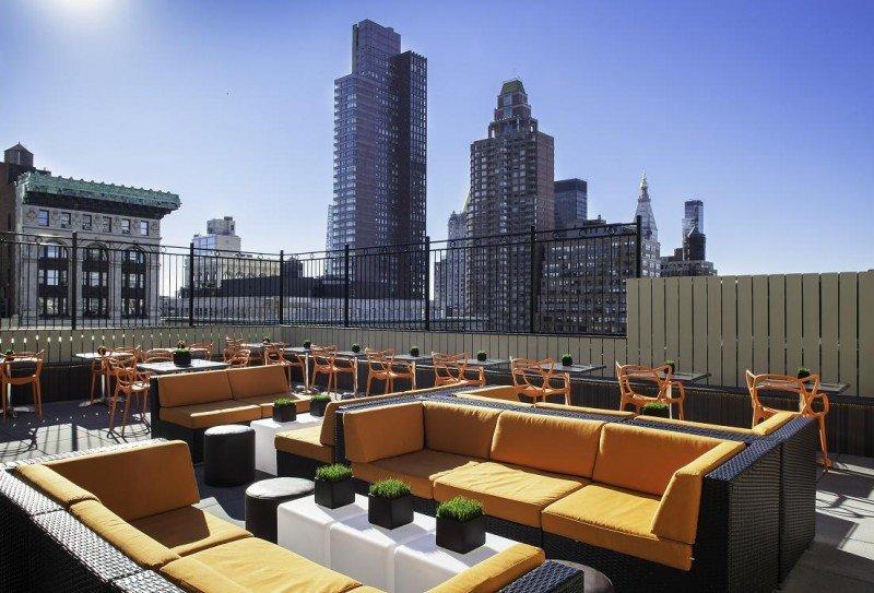 Apple Core Hotels ha abierto un bar en la azotea de dos de sus establecimientos para poder disfrutar de las vistas de Nueva York.