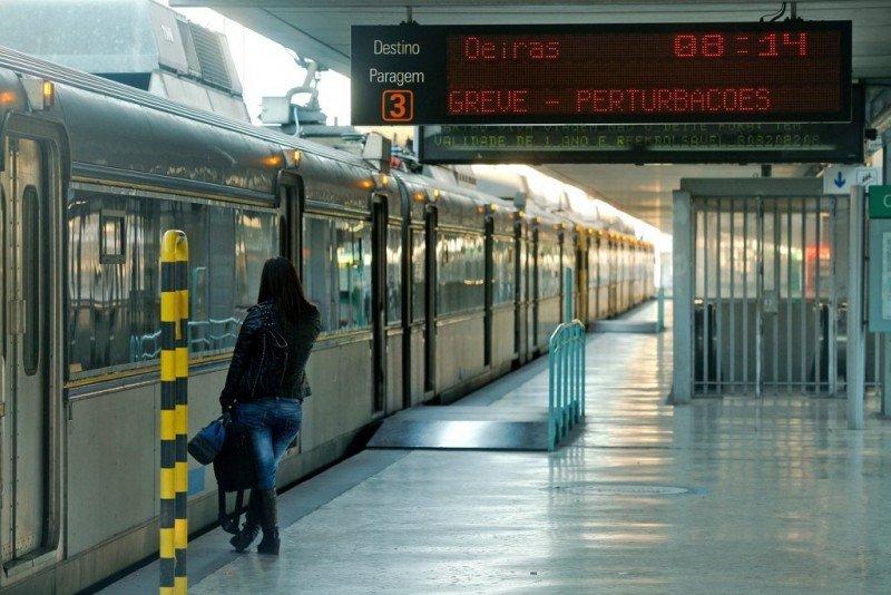 La huelga ha paralizado más del 90% del tráfico ferroviario en Portugal.