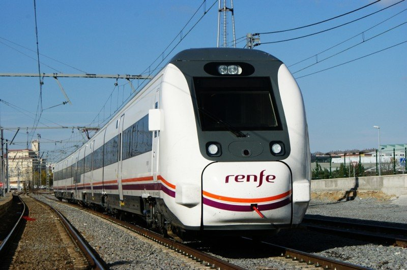 Renfe perdió 209 M € en 2014